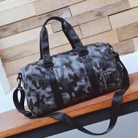 短途旅行包男出差手提包女大容量旅游包迷彩简约行李袋防水健身包