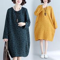 胖女人冬装洋气大码连衣裙宽松减龄遮肚子时髦波点裙春季新款