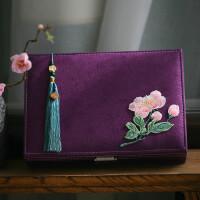古典中式礼物文艺创意刺绣大首饰盒带锁化妆盒收纳盒