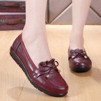妈妈鞋软底真皮休闲大码老鞋女中年妇女鞋平底中老年单鞋夏季