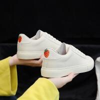 BANGDE小白鞋女百搭2018新品冬季韩版学生帆布鞋港风草莓街拍板鞋