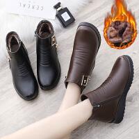 冬季妈妈鞋棉鞋女中老年人平底短靴老鞋加绒保暖防滑中年女鞋