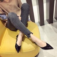 猫跟高跟鞋3cm低跟女秋季2019新款韩版百搭尖头细跟漆皮小跟单鞋 黑色 00-5