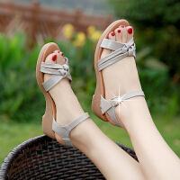 时尚女士凉鞋新款夏中跟百搭休闲舒适软底女鞋