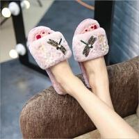 棉拖鞋女冬季漏趾时尚居家保暖防滑厚底手工粉色一字毛毛拖鞋韩版