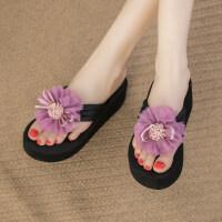 拖鞋女时尚高跟凉拖外穿花朵人字拖女2019坡跟滑沙滩鞋 txe-0921 紫色花