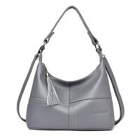 女士包包女新款韩版百搭单肩斜挎包软皮中年妈妈包大容量背包