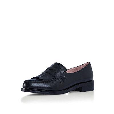 哈森旗下爱旅儿英伦学院风低跟休闲鞋女单鞋EL68205