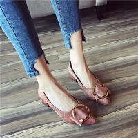 时尚英伦风女士舒适复古单鞋2018年春季百搭休闲浅口尖头粗跟女鞋