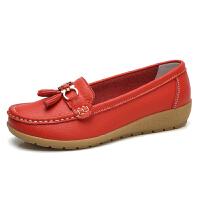 春秋女鞋软底妈妈鞋中年女士单鞋豆豆鞋坡跟护士鞋工作鞋