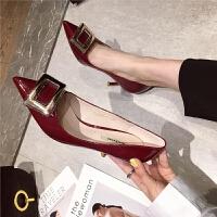 高跟鞋黑色女尖头细跟2019新款漆皮方扣单鞋韩版显瘦气质通勤女鞋