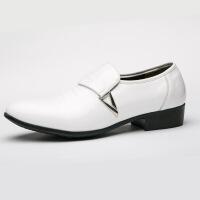 新款大码男士休闲鞋子男尖头潮商务正装pu皮鞋男