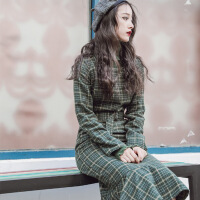热卖 秋冬新款绿色格子系带毛呢连衣裙复古修身中裙款毛衣鱼尾裙套装女 绿色格子+毛衣