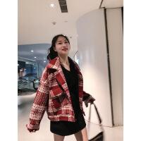 2019新款小香风格子外套女设计感短款秋装新款轻熟复古上衣毛呢外套潮 红白格子