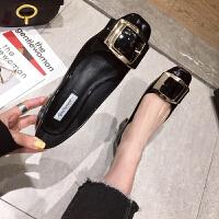 2019新款春季�涡��n版漆皮方�^�涡��W�t色婚鞋女粗跟高跟鞋子