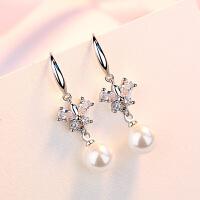 女气质贝珍珠镶钻精美耳钉时尚饰品s925银简约个性耳环