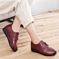 妈妈鞋软底舒适中年女鞋中老年人皮鞋女坡跟女士单鞋