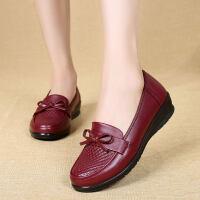 妈妈鞋真皮软底单鞋秋季中老年女鞋平底防滑中年老鞋女奶奶鞋