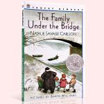 英文原版 桥下一家人 The Family Under the Bridge 英文版儿童文学书 纽伯瑞银奖 少年文学成