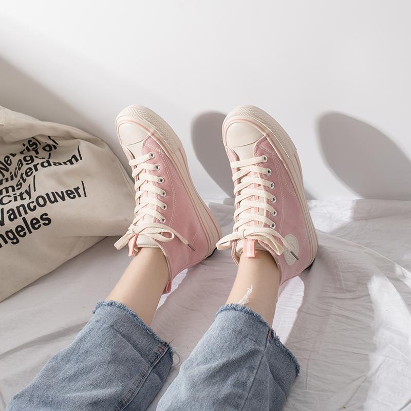 高帮帆布鞋女冬季2018新品百搭韩版学生加绒二棉鞋   春节期间放假时间1.31号到2.11,放假期间暂停发货以及售后处理,正月初七恢复