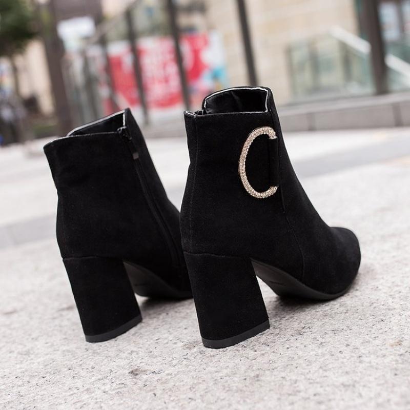 粗跟短靴女秋冬新款百搭尖头鞋黑色侧拉链单靴裸靴拼色高跟马丁靴