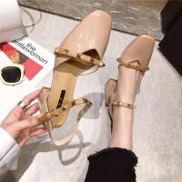 方头铆钉单鞋女2019春季新款韩版一字扣带包头凉鞋百搭中空鞋女鞋