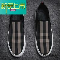 新品上市鞋男韩版潮流内增高板鞋时尚百搭豆豆鞋英伦格子布鞋男一脚蹬