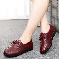 妈妈鞋软底女舒适平底老人皮鞋中老年人女鞋中年单鞋
