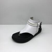 夏季新款女鞋平底轻便夹趾时尚休闲一字扣牛皮女凉鞋