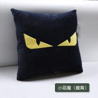 汽�抱枕被子�捎棉k公室珊瑚�q午休空�{毯子卡通靠�|多功能枕�^k