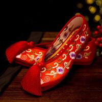 老北京亮片绣花鞋中式婚鞋红色新娘秀禾鞋千层底流苏女上轿布鞋