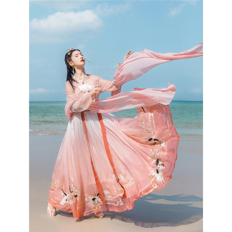 汉服女装刺绣渐变色6米摆两片式褶裙日常