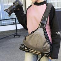 摄影包 单肩小80D 单反相机包斜跨包男女5d3微单三角包防水 红色