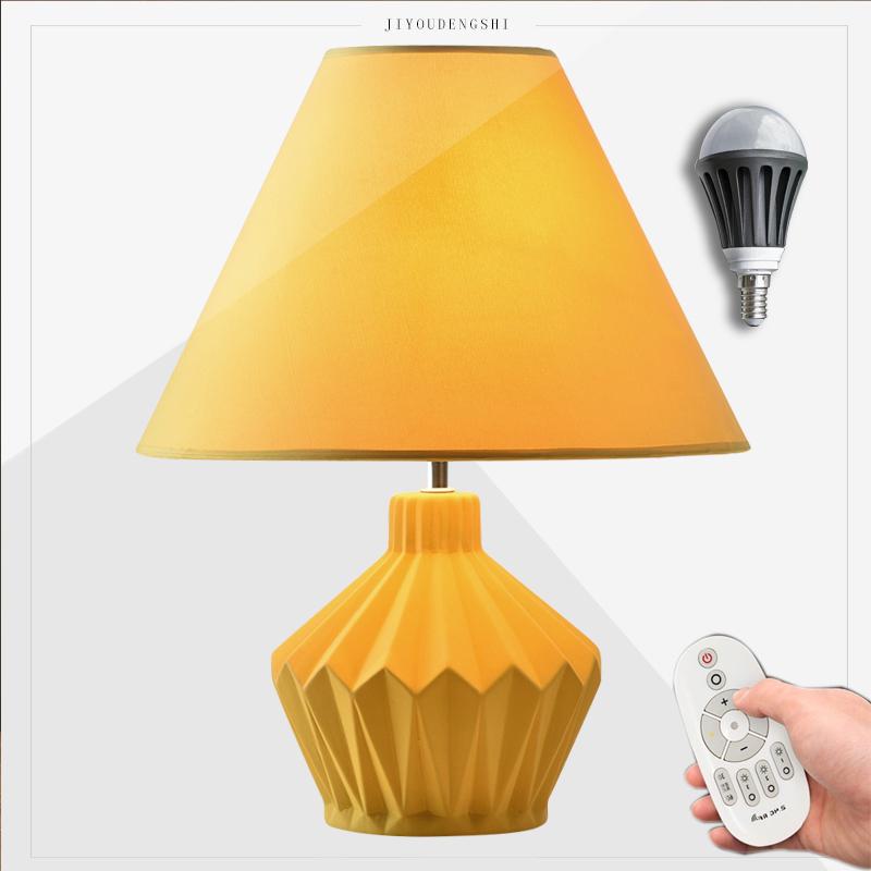台灯卧室床头灯创意简约现代欧式个性温馨陶瓷客厅台灯