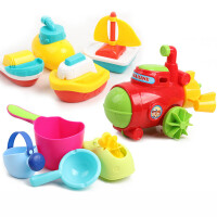 水玩具 婴幼儿小孩戏水宝宝洗澡发条玩具漂浮喷水儿童男女孩水上船套装�