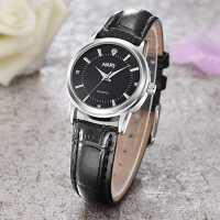 热销新款手表时尚学生手表女韩版简约潮流皮带表情侣表ins风