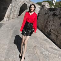时尚套装裙2019春装小心机衬衫连衣裙两件套韩版宽松皮裙半身裙洋气御姐套装