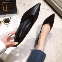 春季时尚复古风女士单鞋新款休闲浅口尖头粗跟百搭女鞋