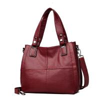 新款秋天中年女包大包包老年单肩斜挎包手提大容量软皮妈妈包