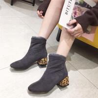 短靴女2018冬季新款时尚方头豹纹中跟绒面短靴简约舒适保暖休闲靴