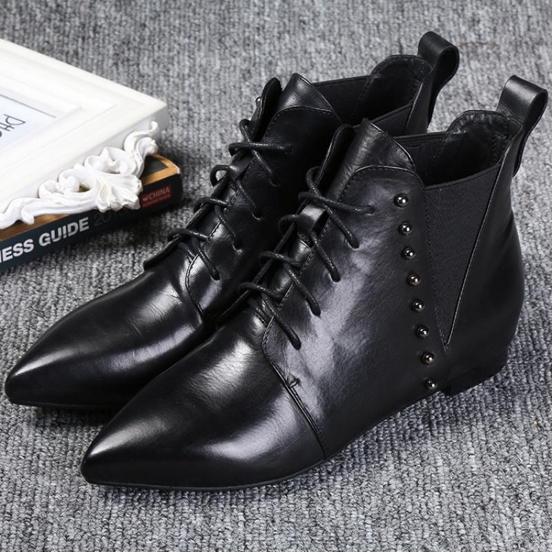 2019新款时尚韩版牛皮短靴铆钉尖头平底女士靴子女鞋短靴一件