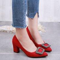 红色婚鞋方扣水钻高跟鞋女粗跟5-7cm浅口尖头百搭工作职业单鞋ol