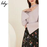 Lily气质镂空V领喇叭袖打底衫女长袖T恤1190B8706