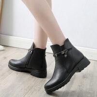冬季妈妈棉鞋平底短靴老鞋加绒保暖滑奶奶中年女鞋