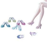 芭比娃娃的水晶鞋 芭比娃娃鞋彩色水钻鞋30厘米娃娃灰姑娘透明水晶高跟鞋 30厘米以下
