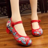 2018新款中国风改良女装汉服配鞋老北京绣花布鞋低跟旗袍鞋女单鞋