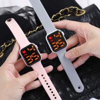 2021新款方形LED硅胶手表休闲时尚创意学生情侣手表