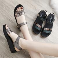 新款夏季平底女鞋中年中老年坡跟女士百搭厚底中跟妈妈鞋凉鞋