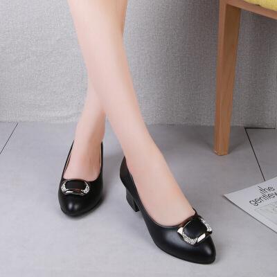 2018妈妈鞋单鞋新款舒适软底中年女鞋中跟粗跟小皮鞋女