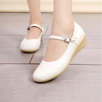 护士鞋白色牛筋底坡跟妈妈鞋女式单鞋女鞋子搭扣一字式扣带皮鞋女